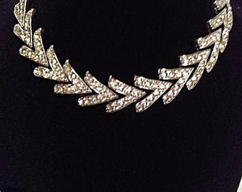 Vintage Sarah Coventry signed stunning rhinestone necklace