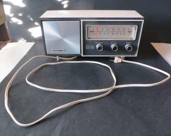 Vintage Panasonic Radio Solid State FM-AM