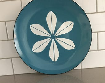 Pretty and Perfect Large Cathrineholm Plate
