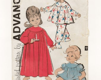 "A Pajamas & Nightgown Sewing Pattern for Toddlers: Back Button Gown / Top, Bloomers and Pants with Feet - Size 1, Breast 20"" • Advance 9941"