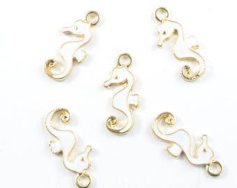 White Seahorse Charms, 5 pieces (200G)