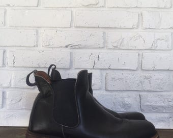 Men's Black Leather Ankle Boot, size 8.5