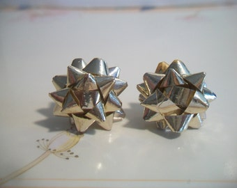 Gold Foil Christmas Bow Earrings Festive Costume Jewelry Holiday