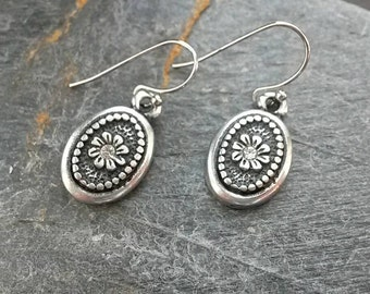 Oxidised Silver Daisy Dangle Earrings/Silver Flowers/Flower/Daisies/Florals/Petals/Daisy Jewellery/Daisies/Swarovski Crystal Chatons