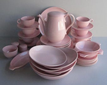 Taylor, Smith and Taylor - Pebbleford Pink -- 6 DIning Guests, plus Serving Pieces