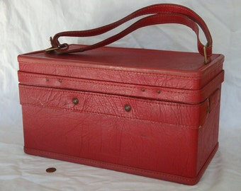 Vintage Faux/Artificial Leather Red Hartmann Carry-on/Luggage/Train/Makeup Case