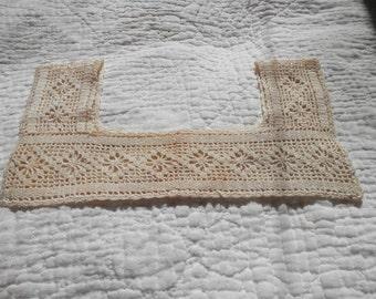 Vintage Crocheted Chemise Collar