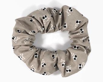 skull and cross bones scrunchie - hair tie elastic 80's 90's - rockabilly hair accessory - kawaii hair tie - nu goth punk scrunchies