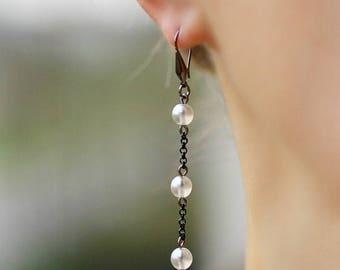 Black White Earrings White Pearl Earrings Dangle Pearl Earrings Long Pearl Earrings Chain Earrings Delicate Earrings Beaded Long Earrings