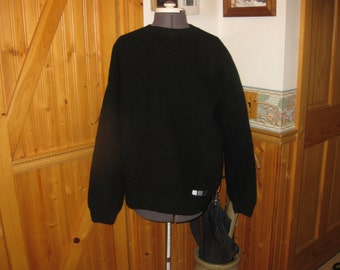 VTG Mens Burtons SKi / Snowboarding wool sweater Black XL free ship cable knit sleeves chunky knit front