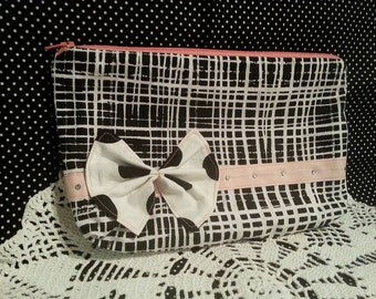 Cute girly ribbon purse with hot fix crystals - shipping included!