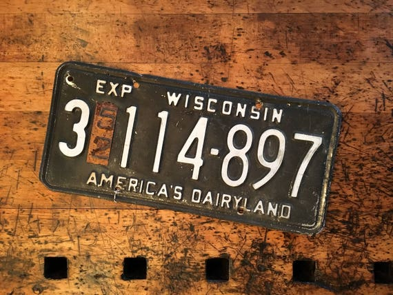 Vintage License Plate, 1952 Wisconsin License Plate, 1950s License Plate