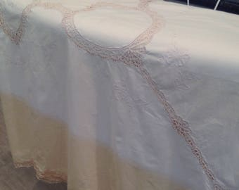 Vintage bedcovering, cotton with lace inserts