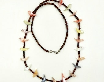 Vintage ZUNI FETTISH NECKLACE Native American Mother of Pearl Carved Bird Fetish & Heishi Shell Necklace