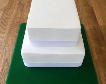 "Square Cake Board, Green Gloss Finish 3mm Acrylic, Sizes  7"", 9"", 11"", 13"", 15"" & 17"""