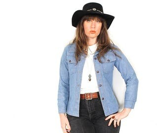 70s Denim Shirt - Vintage 70s Southwestern Boho Snap Up Womans Denim Shirt Jacket - 70s Light Denim Fitted Shirt