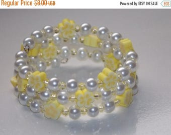 15%OFF Girls Yellow Flower and White Pearl Wrap Bracelet