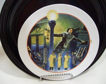 Singin In The Rain Collector's Plate,Avon Images of Hollywood,Gene Kelly,MGM,Avon 1986