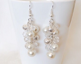 Pearl Earrings, Bridesmaid Earrings, Cluster Earrings, Ivory Pearl Earrings, Bridesmaid Gift, Wedding