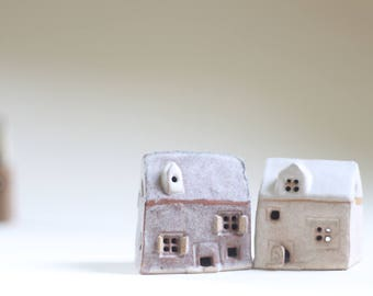 2 little houses. moving home, gift for architect,  Fiona Findlay ceramics. tiny houses. buildings real estate, UK sellers. Little homes