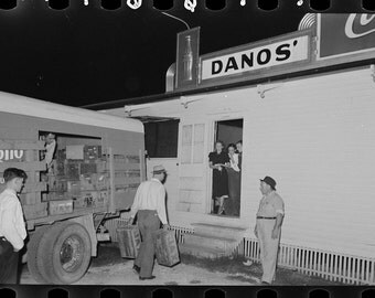 Raceland, Louisiana, Dano's Nightclub Restaurant, Carrying Beer Crate, Old Print