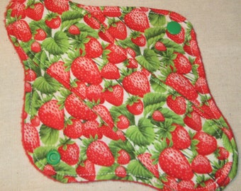 9 in. Strawberries Light/ Moderate Cloth Pad