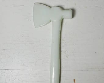 White Milk Glass Tomahawk No Chips or Breaks Home Kitchen Decor Collectible Vintage