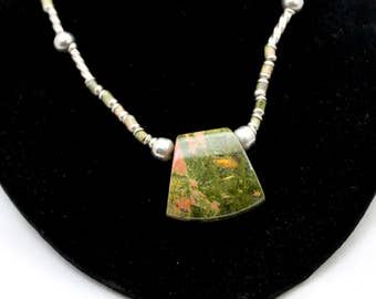 Vintage Unakite And Silver Beaded Pendant Necklace