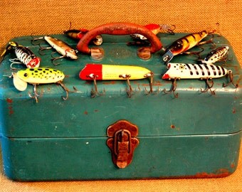 Vintage Green Metal Fishing Tackle Box filled with vintage fishing lures, Fred Arborcast, Heddon, Garrett, vintage wood lures with glass eye