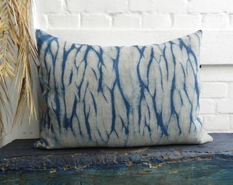 Arashi Shibori Indigo Denim Blue Pillow 20th Century german vintage Linen Oatmeal Greige Cushion 50x70 cm 20x28 inches
