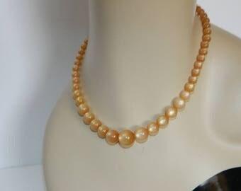 Vintage 1960s Cream Graduated Moon Glow Necklace
