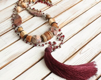 Handmade sotuar jewelry fashion is a magnificent necklace