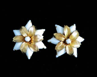 Weiss Glass Earrings, Vintage White and Gold Flower Earrings, Signed Weiss Clip-on Earrings