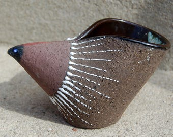 Scandinavian Vintage Ceramic Bird. Mid-century Scandinavian Stoneware Bird Designed by Thomas Hellström for Nittsjö Sweden.