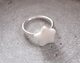 """Ring with porcelain Star """"Buzzer Star"""""""