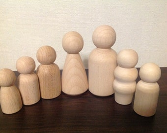 Set of 7 Peg wooden dolls, wooden family