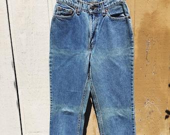 Levi's 512 made in America vintage women's blue denim size 4/5