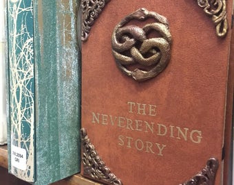 "New** Neverending Story Faux Leather Book Cover for 6""-8"" Tablets (kindles, iPad mini, etc.)"