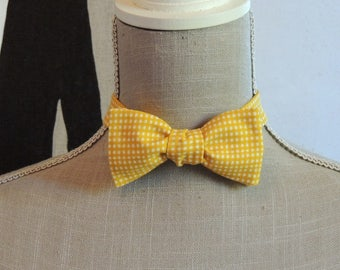 Bow tie yellow gingham.