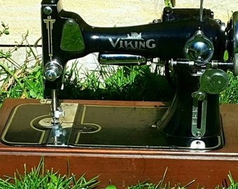 The Viking Vintage Sewing Machine