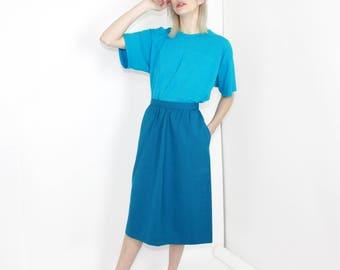 vtg blue midi skirt basic skirt closet staple minimalist clothing color block M medium
