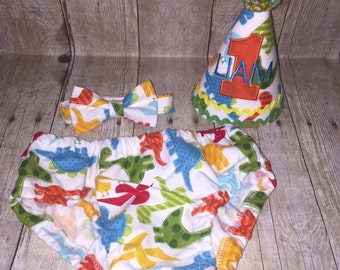 Dinosaur Cake Smash Outfit - First Birthday Outfit - Dinosaurs - Diaper Cover, Bow Tie & Birthday Hat - Birthday Outfit - 1st Birthday