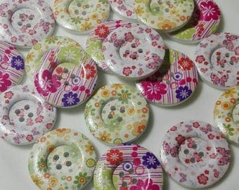 18 Round Wooden buttons with