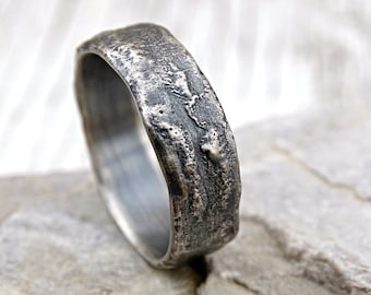 molten silver ring rich structure, mens wedding ring unique, celtic ring viking, alternative wedding band men, cool engagement ring