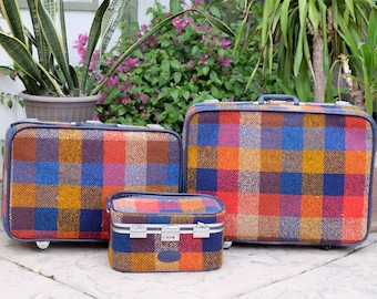 3 Piece 1970s Plaid Skyway Luggage Set // Cool America Color Matching Travel Set