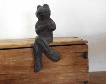 Charming Cast Iron Frog Shelf Sitter