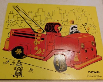 Playskool Wooden Puzzle Fire Truck #360-26