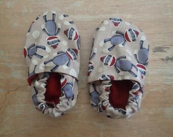 Sock Monkey crib shoes OR Ergo Covers