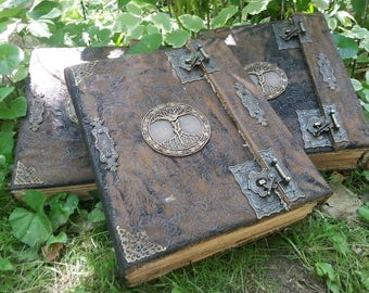 1 Book of Shadows for THE NEW WITCH with spells Wicca Pagan Spells Book of Shadows grimoire Witch book of shadows Journal  old