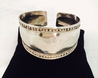 Vintage Sterling Silver Cuff Bracelet with Rope and Bead Border - 22.6 Grams